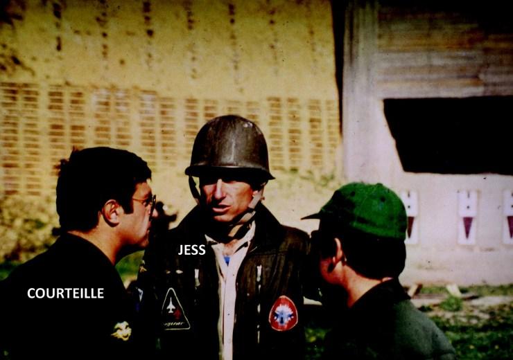 1976 1 ca commence par une séance de tir ou tout le monde s'habille en guerrier noms