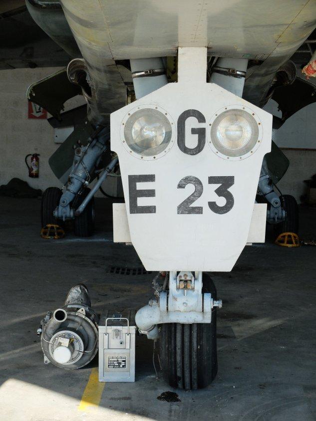 JAGUAR E23