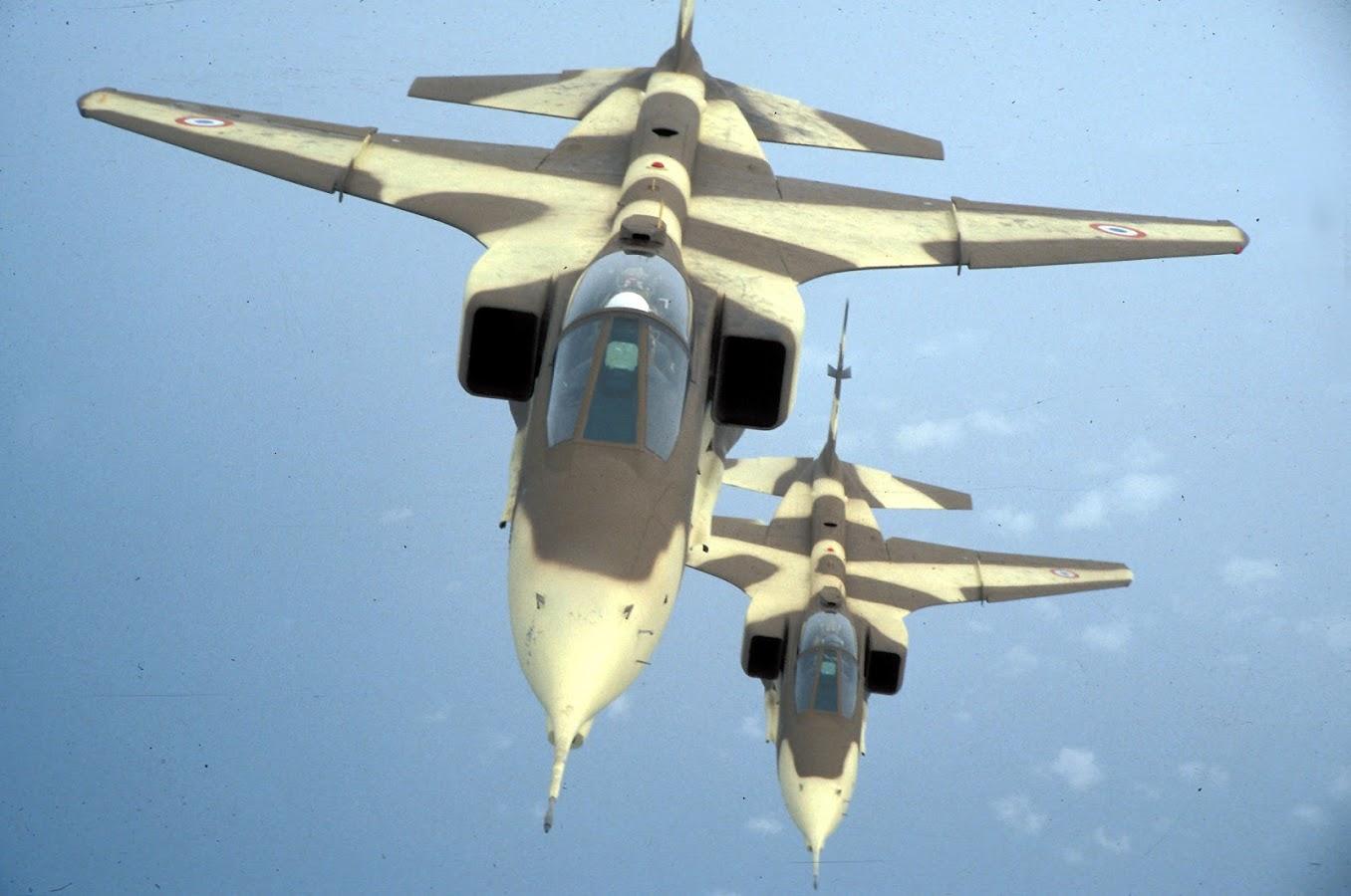 2 Jaguar de la 11EC