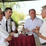 Pendant le repas Stephanopoli et Néné
