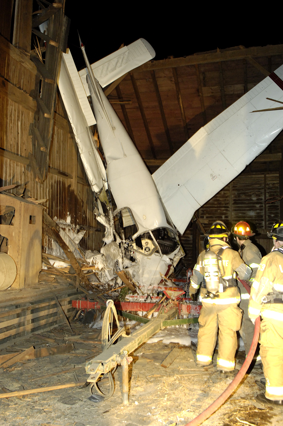 medium resolution of on saturday january 28 a piper warrior that witnesses said was wobbling and shaking crashed into a barn near lancaster pa injuring the