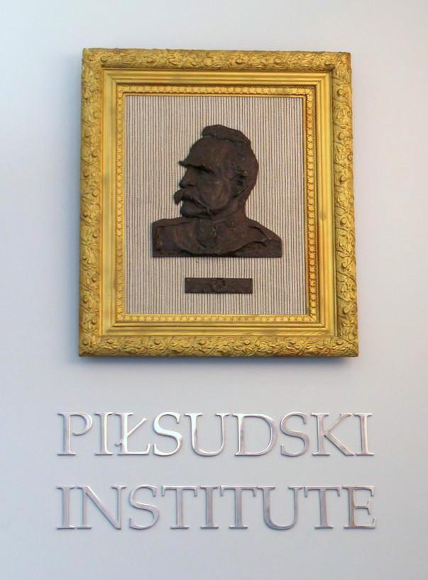 Presentation on the Józef Piłsudski Institute NY