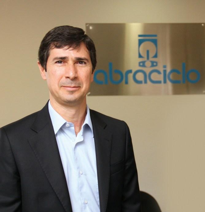 ABRACICLO-Marcos-Fermanian-presidente