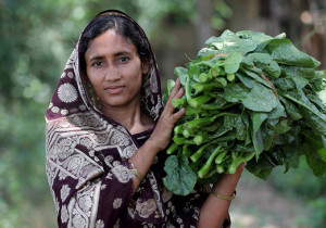 Women-farmer_WorldFishPhoto-dupe