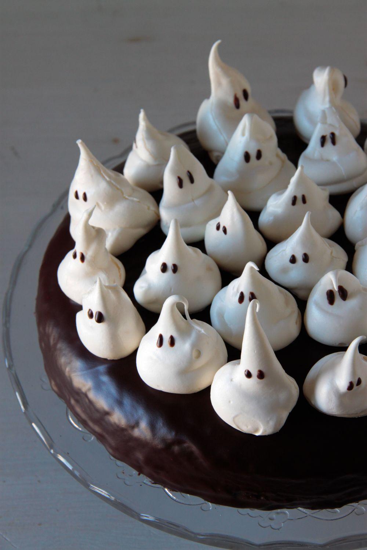 Tarta de Halloween, con chocolate y fantasmas | Pimienta y Purpurina