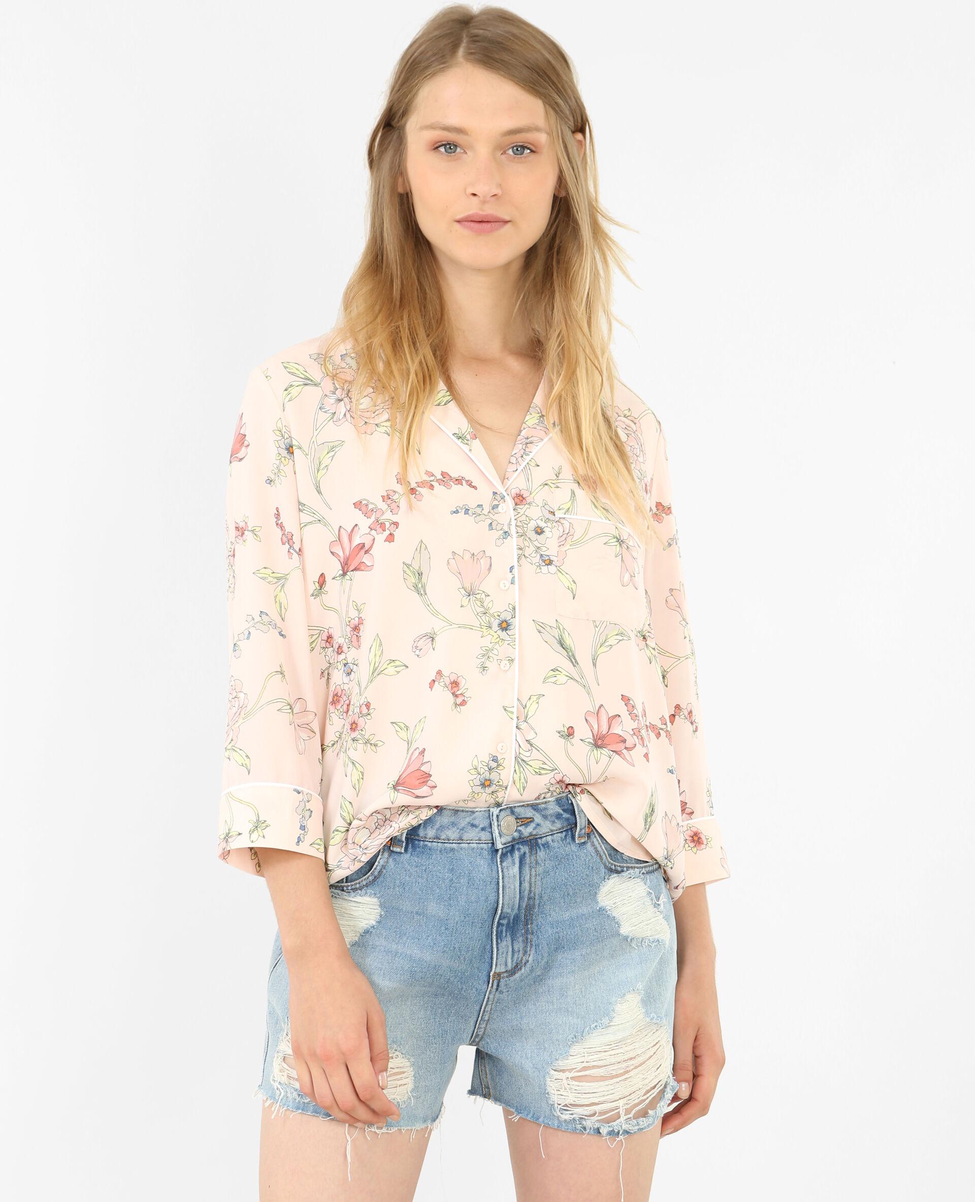 Chemise style pyjama fleurie rose pâle