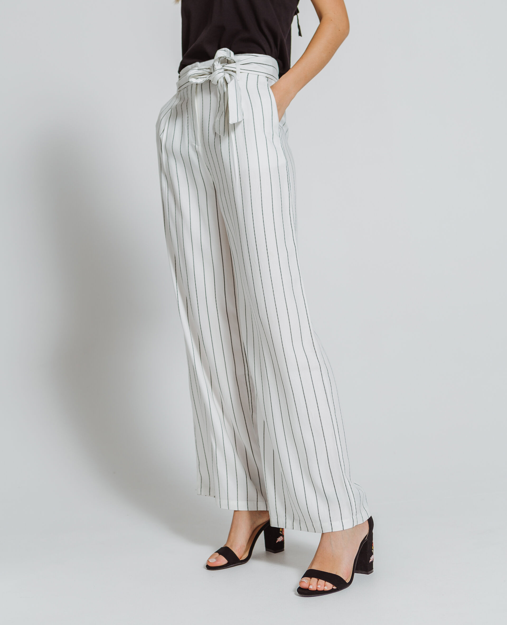 Pantalon large à rayures écru