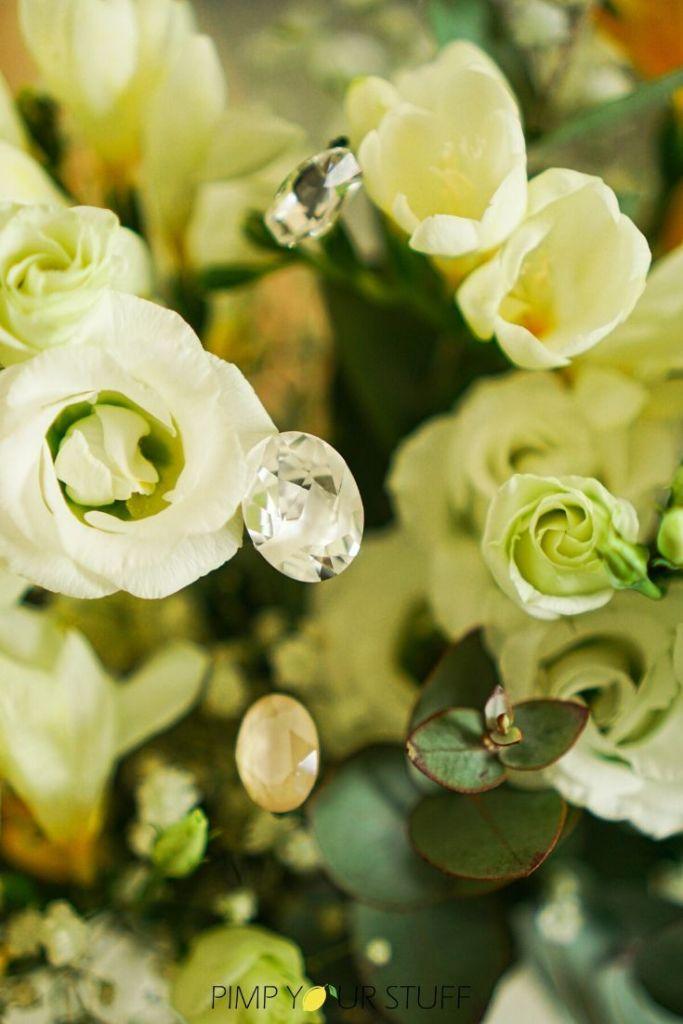DIY Muttertags Geschenkidee Flower Pins