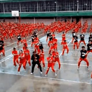 Gangnam Style With Cebu Dancing Inmates