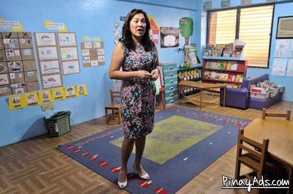Teacher Mom Jenny Mapua Banal giving us a tour