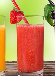 Stay cool this summer with these fun, healthy beverages