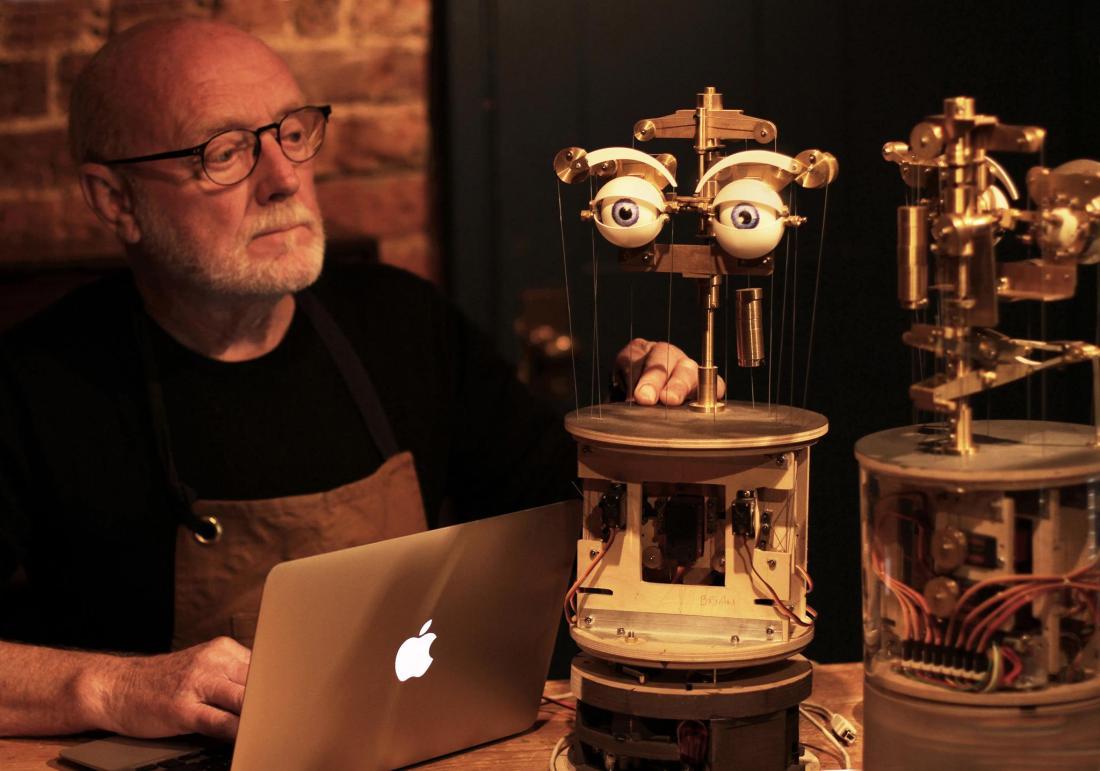 Graham & Robots