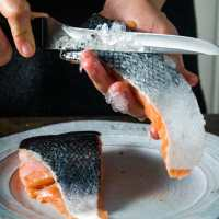 How to Descale Salmon Fillets