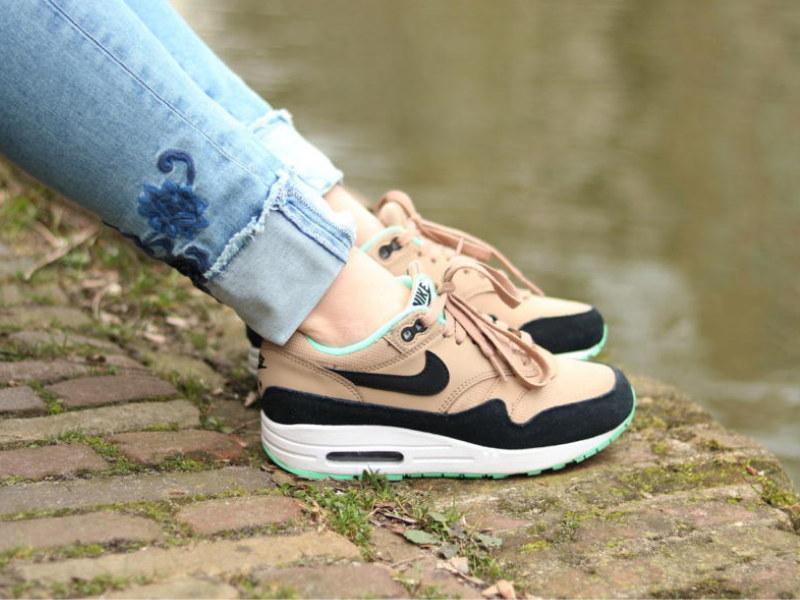 Hoe één paar schoenen mij voor altijd verslaafd maakten aan Nike Air Max 1