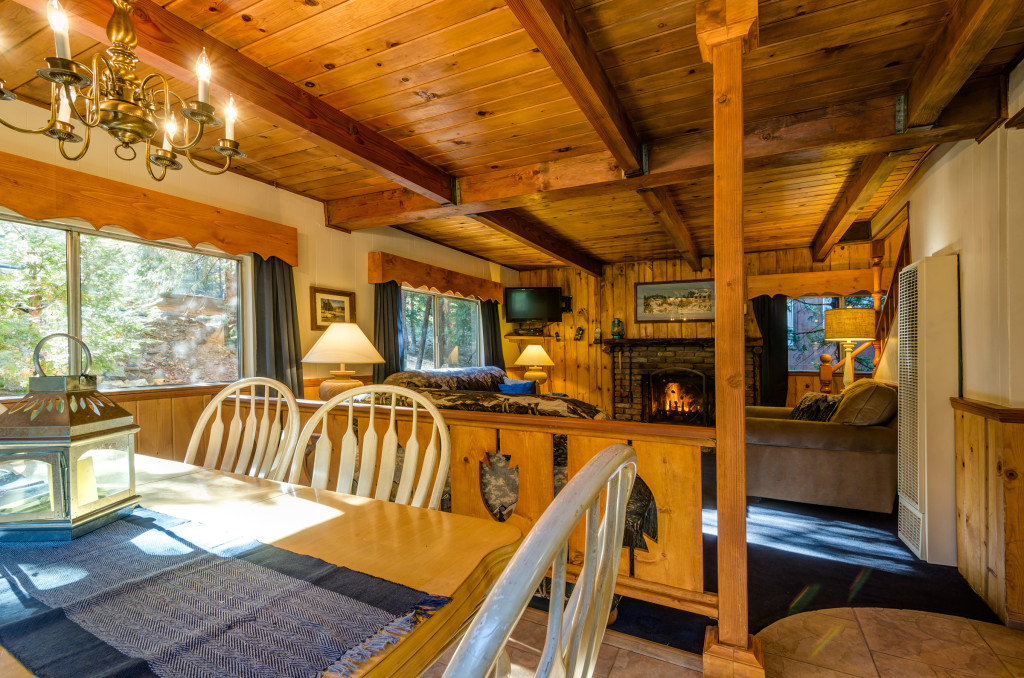 Winter Ski ChaletLake Arrowhead Cabin RentalPine Rose Cabins