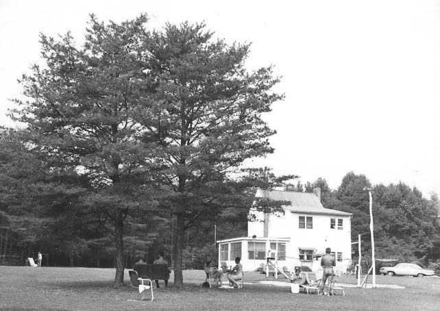 The Pine Tree farmhouse in the early 1960's.