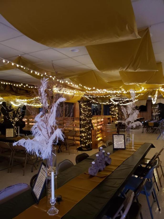 Pine Tree Speakeasy Party decorations for New Year's Eve 2020