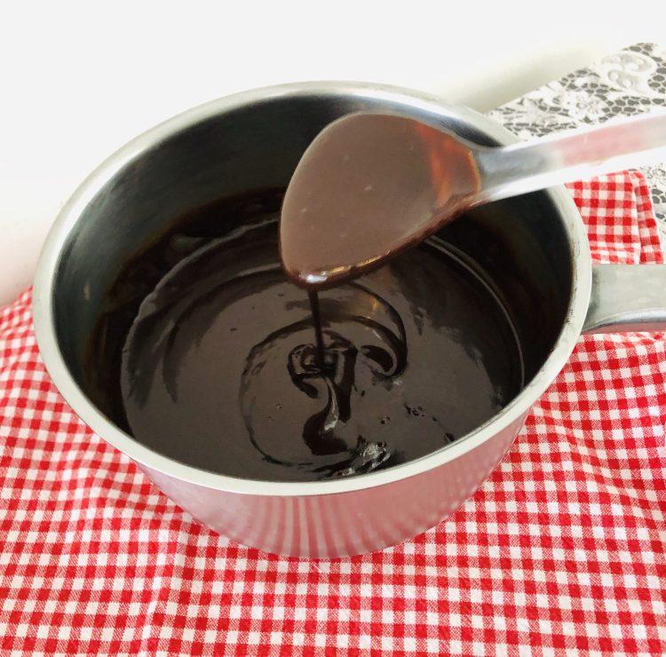 Chocolade ganache maken - recept ganache voor taart vulling-1