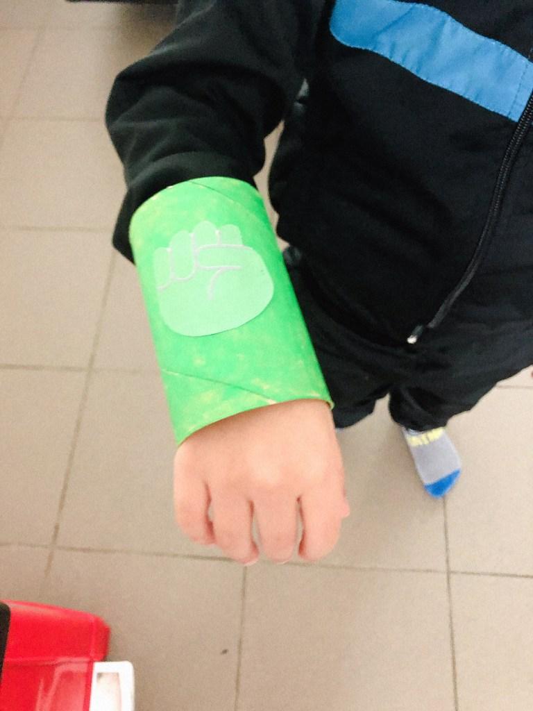 Thema superhelden knutsel ideeën - superhelden armband knutselen-6