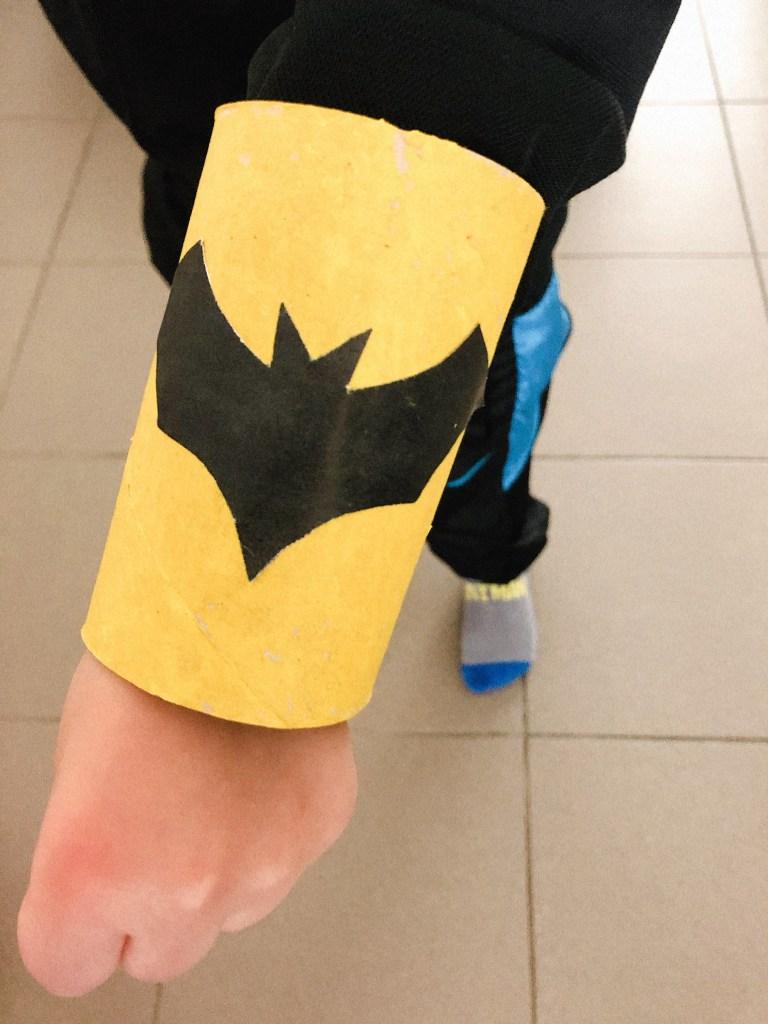 Thema superhelden knutsel ideeën - superhelden armband knutselen-7