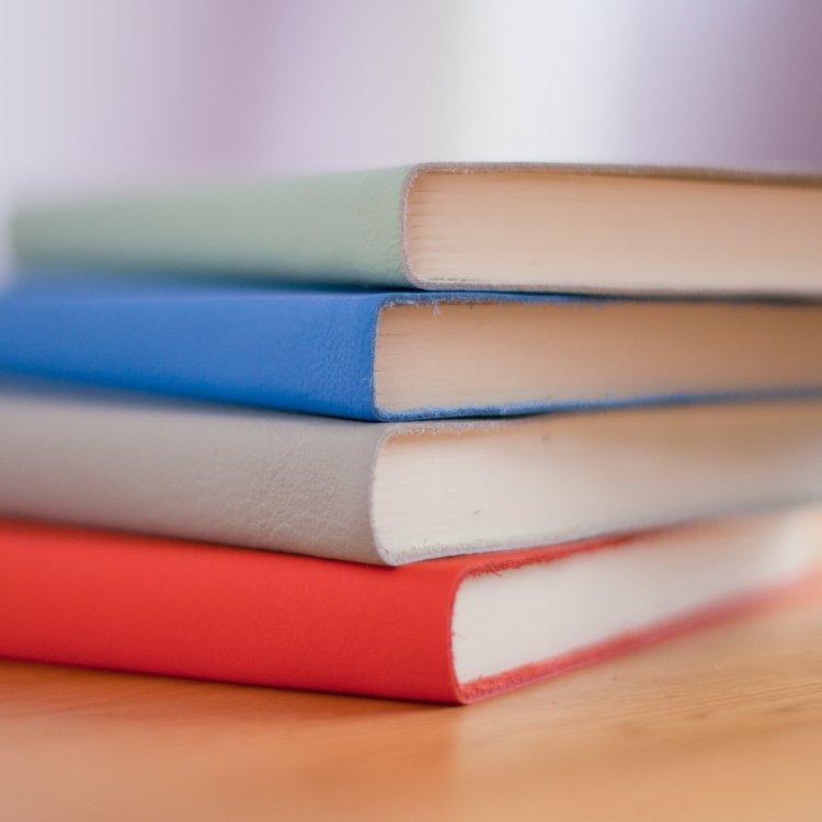 Boeken kaften doe je zo - hoe boeken kaften - terug naar school - rekbaren boekenkaft