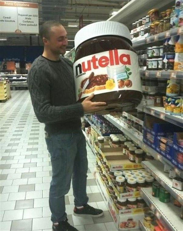 Gigantische Nutella pot  Grappige Plaatjes