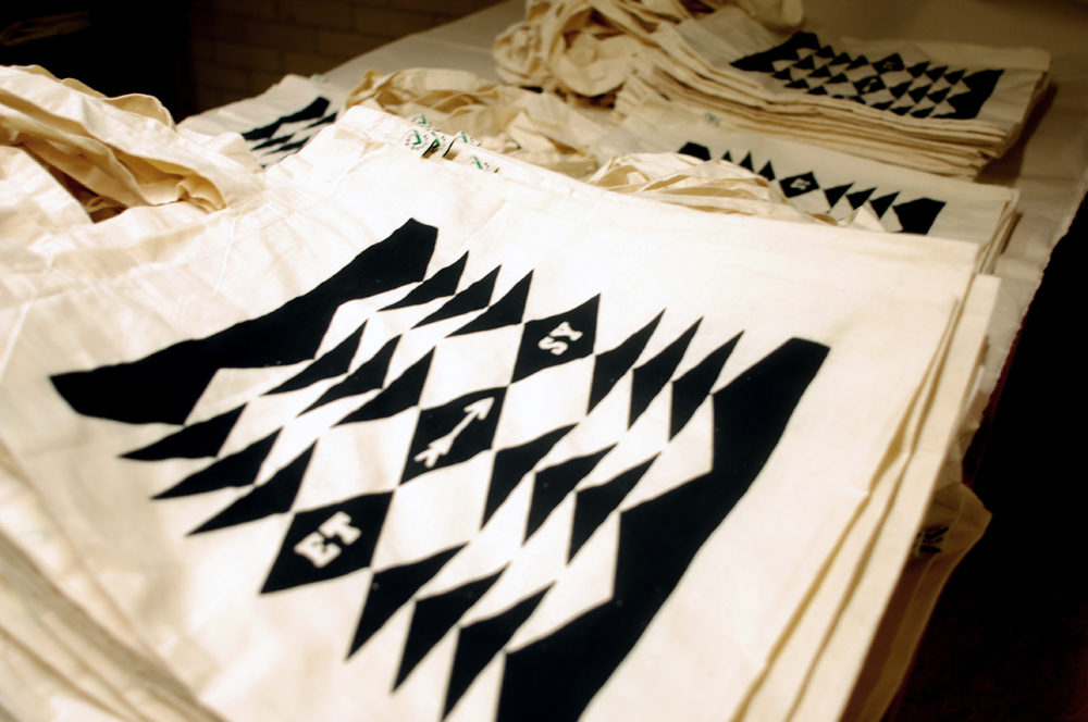 screenprinting etsy totebags