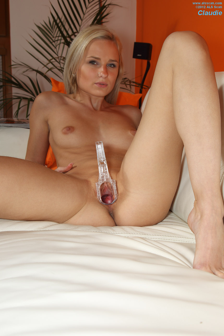 PinkFineArt  Claudie Shows Cervix from ALS Scan