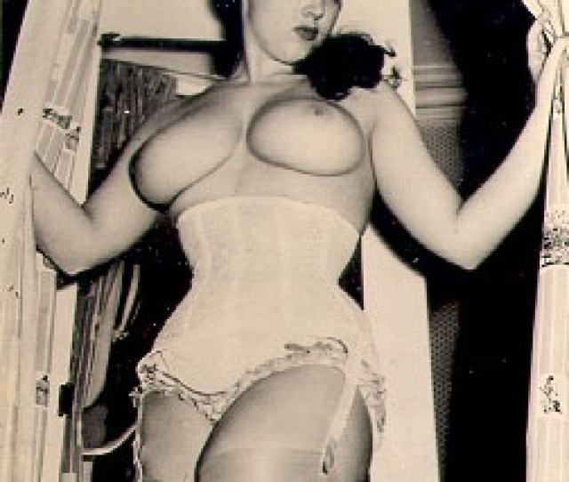 50s Busty Queens From Our Vintage Classic Porn Galleries  E2 86 B5