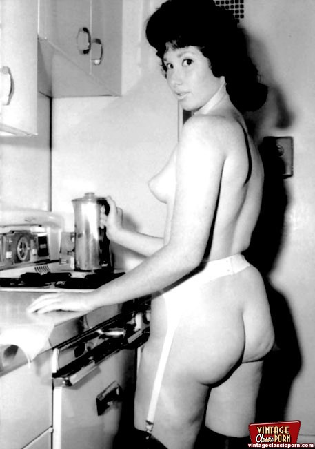 PinkFineArt  50s Amateur Pictures from Vintage Classic Porn