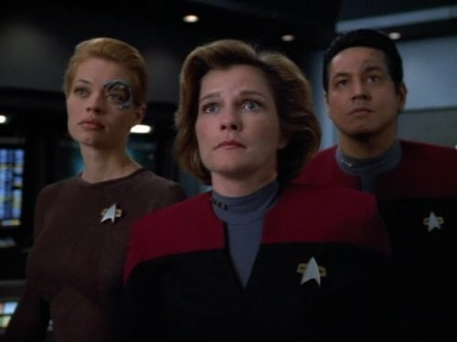 Image of Captain Janeway from Star Trek Voyager.