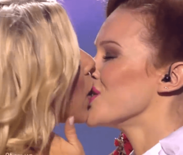 Krista Siegfrids Staged The Lesbian Kiss At The End Of Her Semi Finals Performance