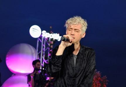 Troye Sivan performing live