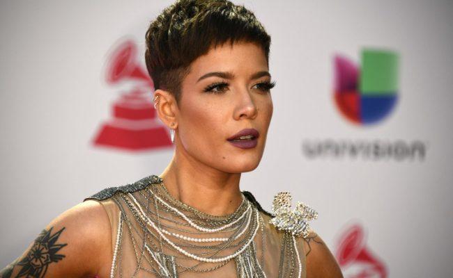 Halsey Slams Victoria S Secret Anti Trans Comments Over