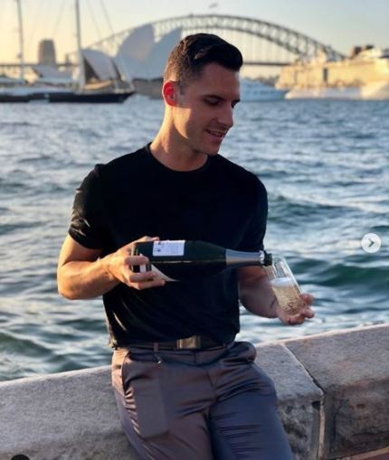Gay men kicked out of Uber for sharing kiss in Australia