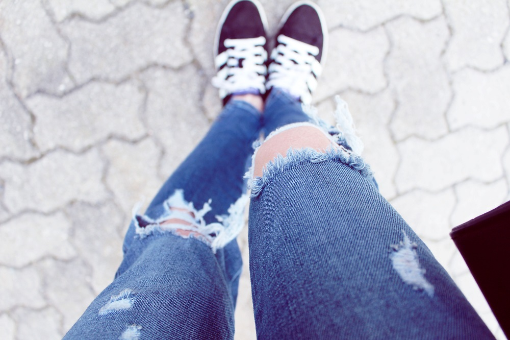 ripped jeans and adidas gazelle