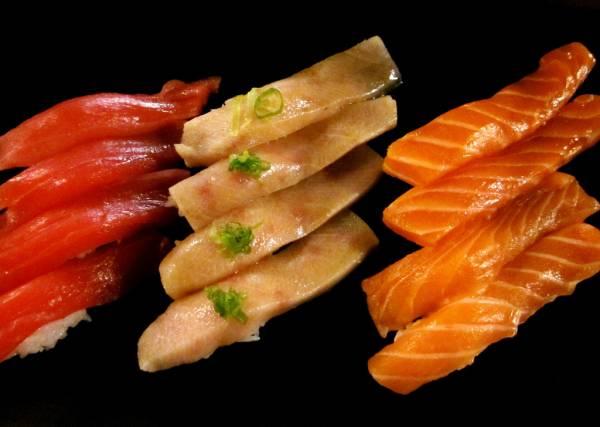 5475990230 51c64e035f b sushi - 25x zat je echt op deze info over mij te wachten?