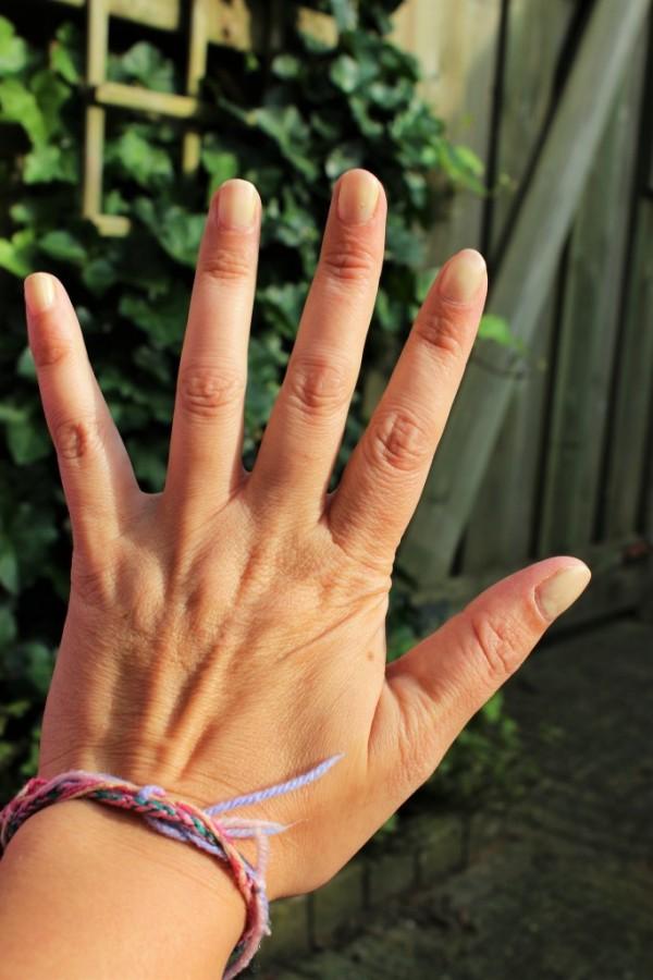 kneipphand 1 600x900 - Waaraan kun je zien hoe oud iemand is?