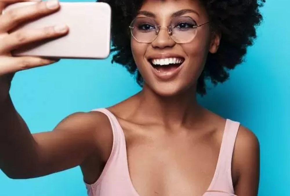 met deze tips maak je een geweldige selfie