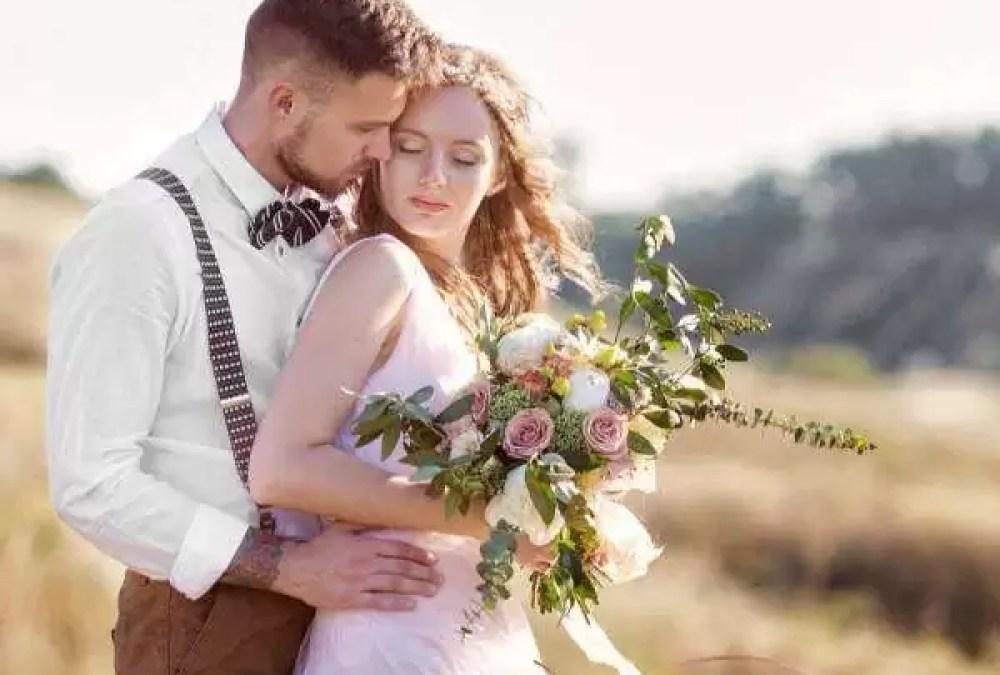 een simpele minimalistische bruiloft - Een minimalistische bruiloft | simpel en alleen voor jullie