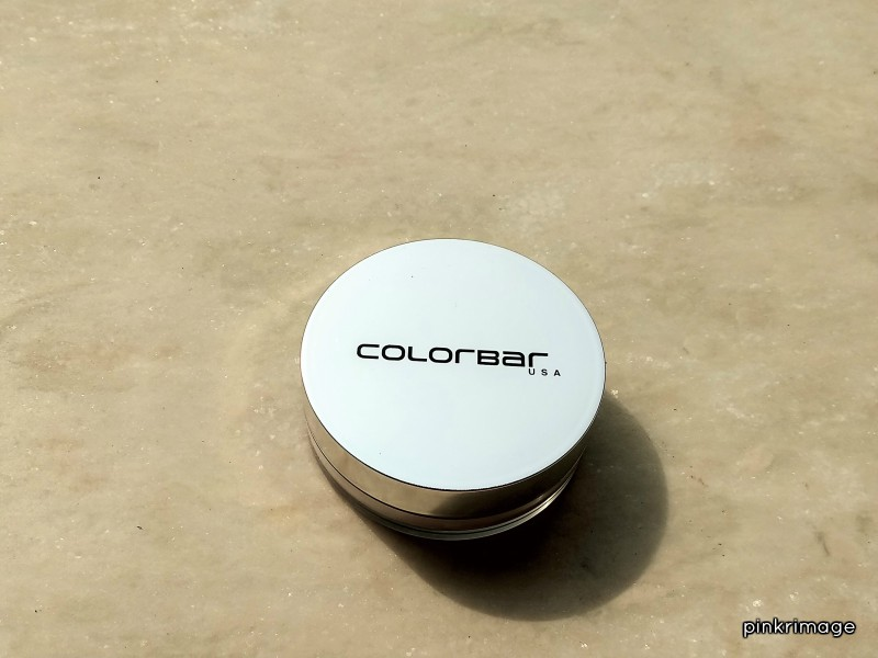 Colorbar Sheer Touch Mattifying Face Powder – Review & Swatches