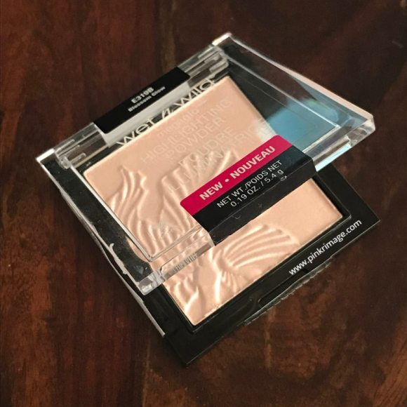 Wet n Wild MegaGlo Highlighting Powder Blossom Glow – Review & Swatches