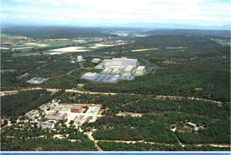 Il sito nucleare di Cadarache, nel sud della Francia (foto AFP)
