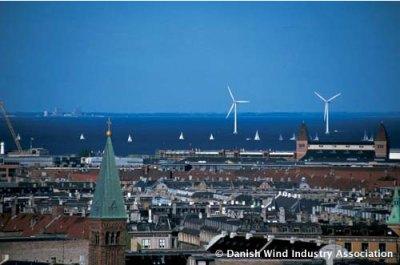Il parco eolico di Middelgrunen davanti a Copenhagen