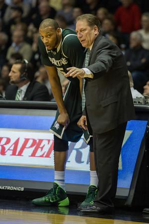 Michigan State head coach Tom Izzo coaching Adreian Payne (5)
