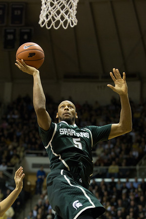 Adreian Payne (5) with a layup against Purdue