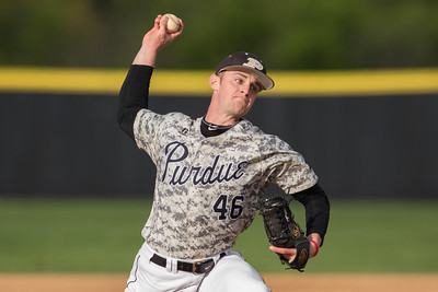 Matt Frawley delivers a pitch during the baseball game between the Valparaiso Crusaders and the Purdue Boilermakers on May 12, 2015