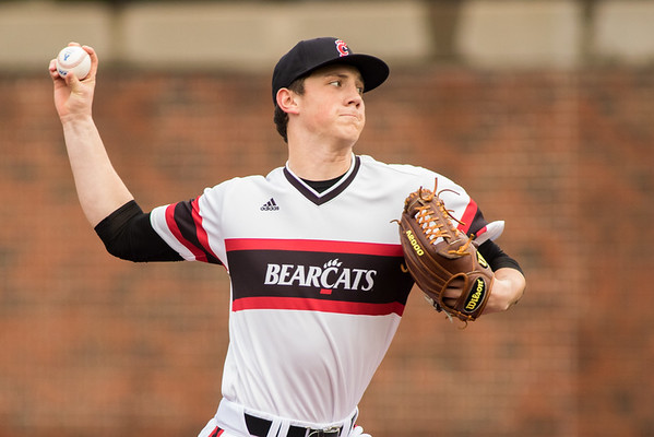 Cincinnati Bearcat Andrew Zellner pitches against the Toldeo Rockets at Marge Schott Stadium