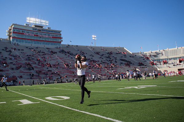 Shane Mikesky (87) makes a catch during the pregame of the Old Oaken Bucket game between the Purdue Boilermakers and the Indiana Hoosiers