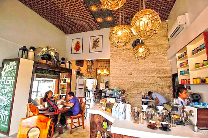 The Giving Cafe